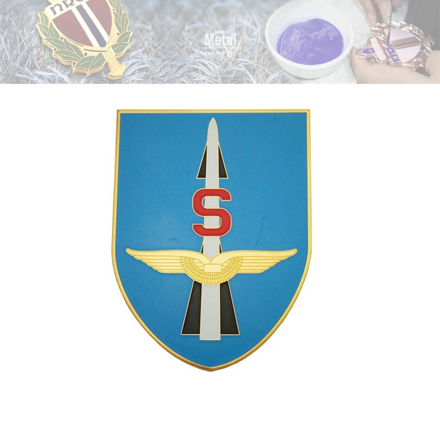 压铜假珐琅徽章、翅膀徽章定做工厂